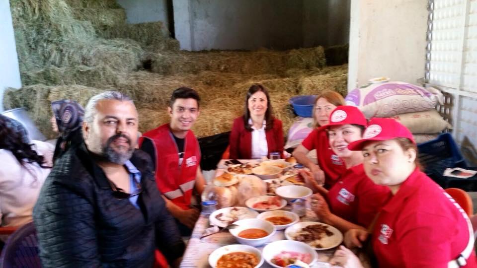 Güzelköy Mahallemizde Erkan Şenin oğlunun düğün cemiyetindeydik...